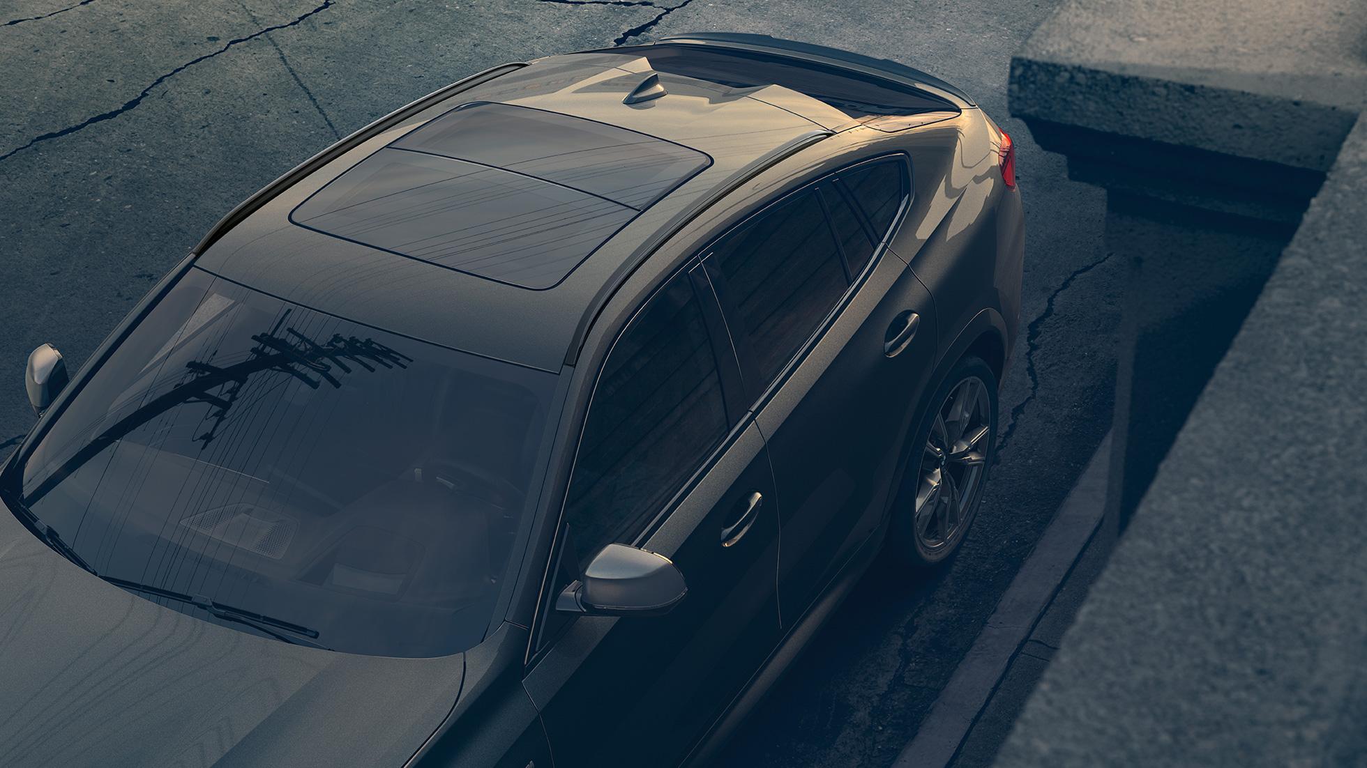 BMW X6, крупный план панорамной стеклянной крыши Sky Lounge