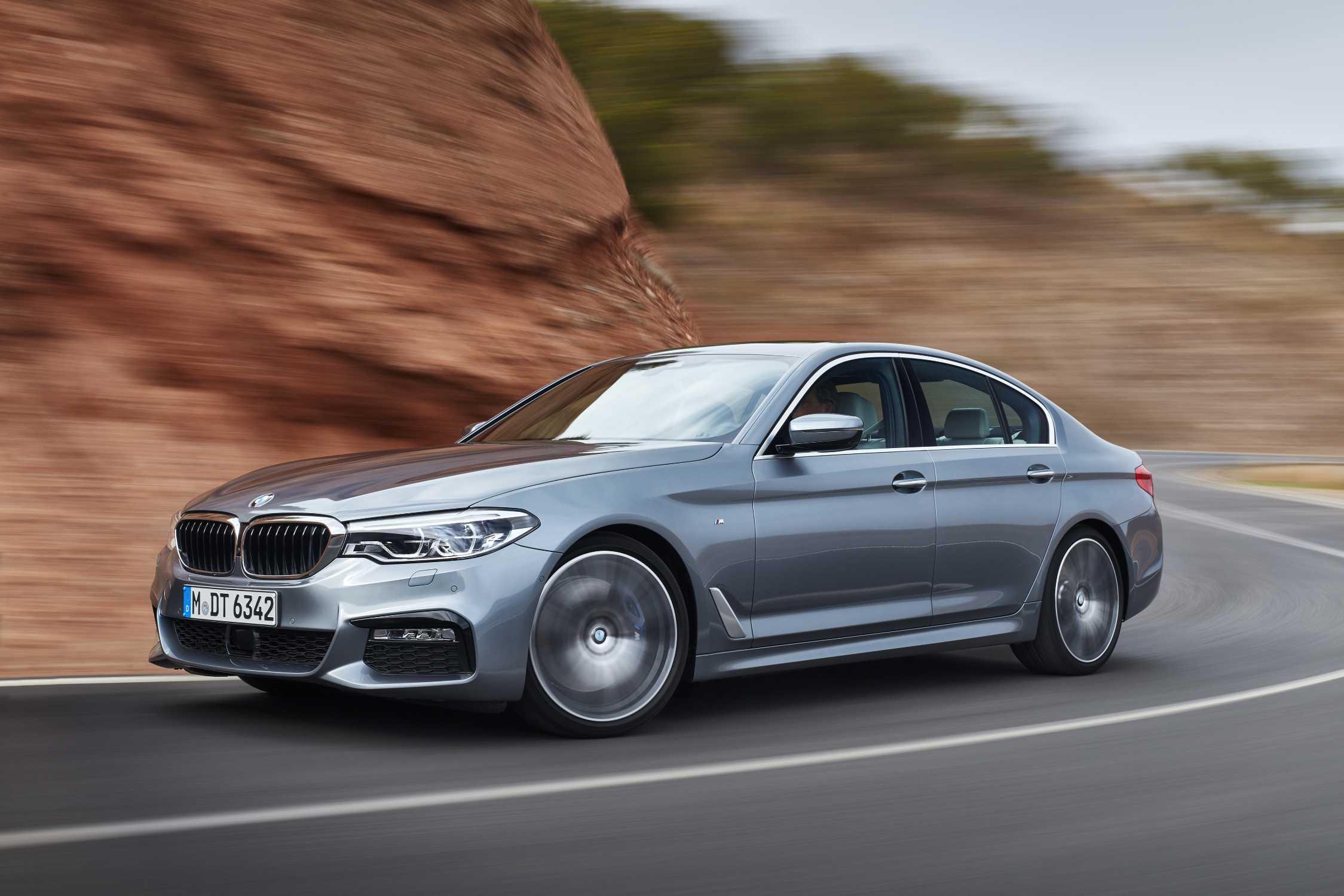 BMW GROUP РОССИЯ ОБЪЯВЛЯЕТ ЦЕНЫ НА НОВЫЙ BMW 5 СЕРИИ.